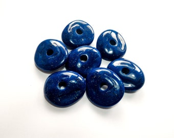 Synthetic marble-colored hole-Pebble stones white-blue