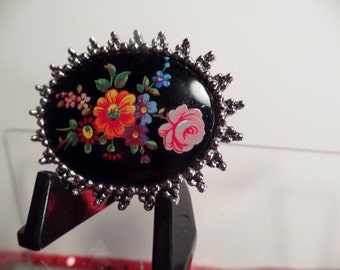 """Sarah Coventry Canada """"Petite Point"""" Brooch c.1976"""