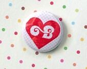 """BLYTHE LOVE 1"""" Pin Button Blythe Doll"""