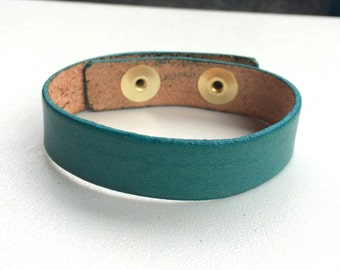 "Narrow 5/8"" Wide Turquoise Blue Green Leather Cuff Bracelet Wristband by Shaterra"