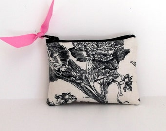 Coin Purse, Business card holder, small zipper pouch, ear bud case,little zip pouch, in Botanical Toile du Jouy with Pink Dot lining