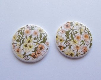 On Sale Vintage flower meadow cabochon