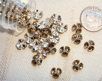 34 VINTAGE SWAROVSKI Chaton Bead Caps - Silver-Plated 7mm with TOPAZ Crystals