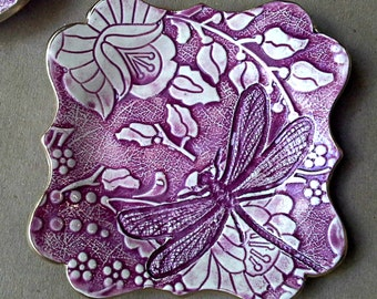 Ceramic Damask trinket bowl Jewelry Holder Dish Fuchsia edged in gold