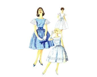 1960s Bateau Neck Full Skirt Dress and Cummerbund Simplicity 3347 Vintage Sewing Pattern Size 13 Bust 33