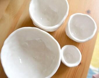 Nested Mini-Bowls spells out 'LOVE' (KISS - Crisp White)