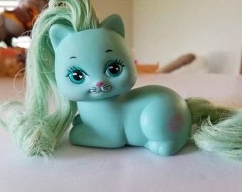 Pretty Kitty Rosebud