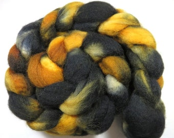 Hand Dyed Superwash BFL Blueface Leicester Combed Top, Spinning Fiber, Roving -- Tabby Cat (135 grams or 4.75 Ounces)