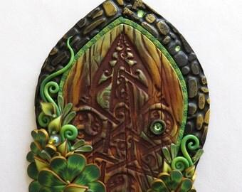 Lucky Clover Celtic Fairy Door, Shamrock Pixie Portal, Leprechaun Door, St Patricks Day Holiday Decor