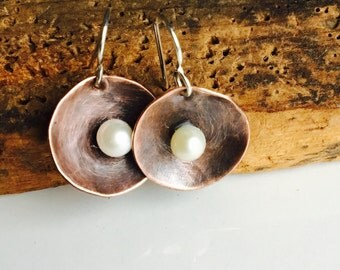 Copper Disc Earrings with Freshwater Pearls, Metalwork Earrings, Hammered Earrings, Copper and Pearls, Sterling Earwires