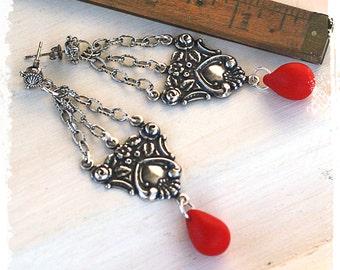 Silver earrings Victorian, Chandelier earrings red teardrop, Silver chandelier earrings, Long boho earrings, Victorian chain earrings