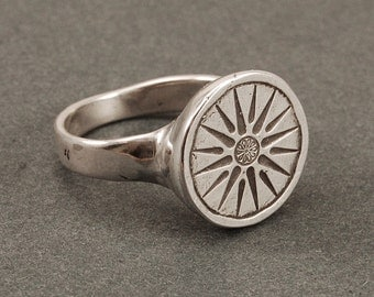 Vergina Sun ring - silver