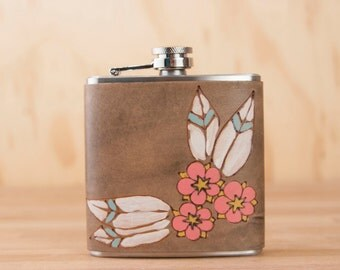 Leather Flask - Handmade Hip Flask in the Dakota pattern with Flowers in Pink - 6oz Size - Bridesmaid Flask - Wedding Flask