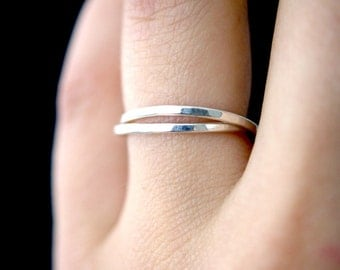 Silver Interlocking rings, Set of 2 Silver interlocking rings, russian ring, rolling rings, wedding ring, hammered silver ring