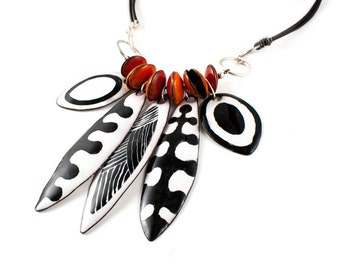 Black and White Dagger Necklace