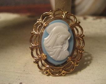 Framed Cameo Ring