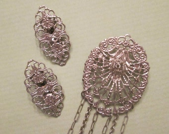 Vintage Costume Jewelry - Silver Tone Pin and Earrings