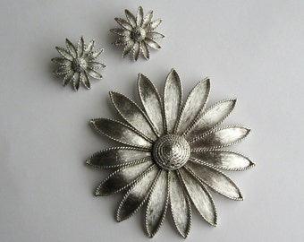 Coro Flower Brooch + Flower Earrings 60s Mod Jewelry Set Flower Pin + Clip On Earrings