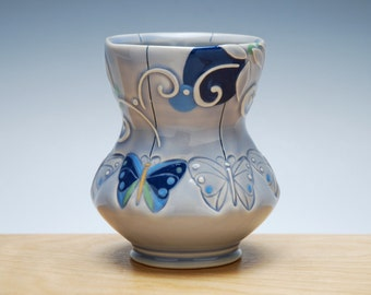 Butterfly yunomi in glossy Periwinkle w. Navy, Sky blue, & Green Polka dots, Colorized detail, Handmade porcelain cup