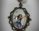 Bronze Glass Cameo FAIRY 18 inches - violet