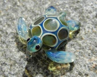 Lampwork Boro Glass Pendant - Focal Bead - Mini SEA TURTLE green blue
