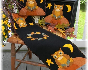 Owl Table Runner, Penny Rug Kit, Wool Felt Kit, Owl Table Runner Kit, Prim Wool Felt Kit, Merino Wool Wall Hanging Kit, The Night Watchman