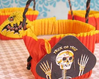 Trick or Treat...4 Fun Vintage Halloween Party Nut Cups