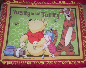 Disney Winnie the Poog Tigger Piglet Yummy Hand Tied Fleece Throw Blanket