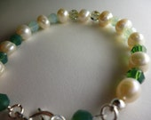 bracelet Pearl and Crystals