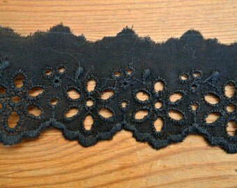 Vintage eyelet lace, black trim cotton lace, 2 yards, 1.5inch width, cut of the original pack