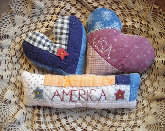 Trio Primitive Tiny Rustic American Heart & Flag Bowl Fillers from Vintage Quilt