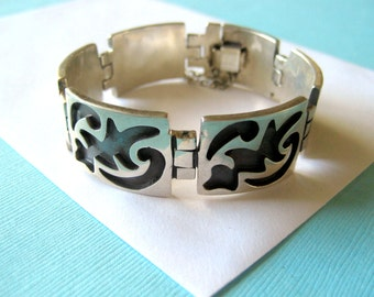 SALE.....Sterling Silver Taxco Overlay Hinged Panel Bracelet