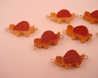 18 Vintage Wood turtle Connectors 2 loops 18mm