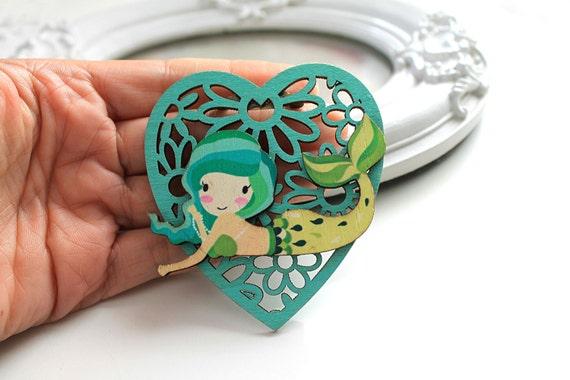 Little mermaid  wooden brooch kawaii sweet lolita egl green heart