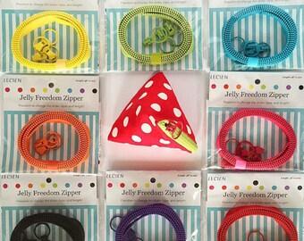 SALE Fun! Lecien Jelly Freedom Zipper, Pick Color, slider & triangle purse pattern