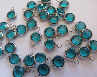 Vintage Glass Beads (10) Swarovski Teal Blue Drops Beads