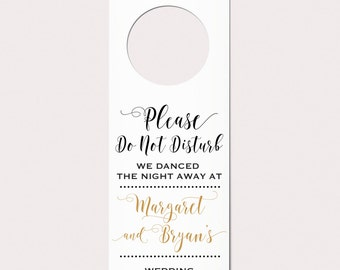 Wedding Door Hangers, Wedding Do Not Disturb Sign, Unique Wedding Favor, Rustic Wedding Favor, Wedding Welcome Bag, Wedding Hotel Door Sign