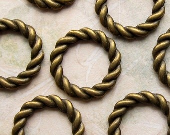 Bronze Linking Rings 20mm - 12 Pieces - Antique Bronze Braided Style Rings (GFD0027)