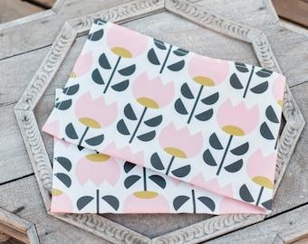 Pink Tulip Tea Towel / Dish Towel / Kitchen Towel
