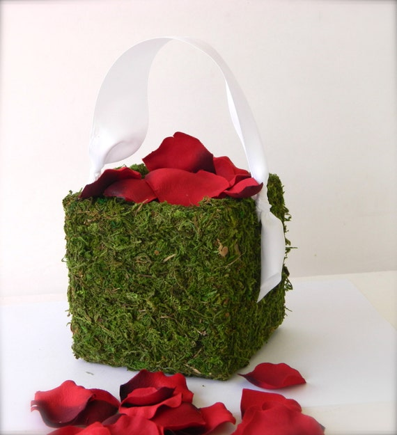 Flower Girl Basket Moss : Flower girl basket moss with ribbon