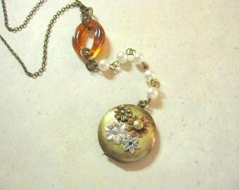OOAK Locket, Bohemian Necklace, Botanical, Nature Inspired, Boho Necklace, Woodland Locket, Hippie, Flowers, Keepsake Locket, One of a Kind