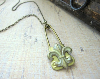 Fleur De Lis Necklace, Laundry Pin Necklace, Brass, Mint Green, Upcycled Necklace, Metal, Recycled, Fleur De Lis, Vintage Brass Laundry Pin