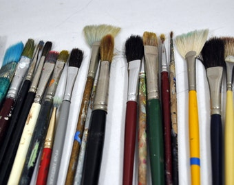 Artists Brushes - Total of 21 - One Can Never Have Too Many