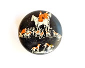 tin with hunting scene equestrian fox hunt horses dogs hounds english collectible antique black red white