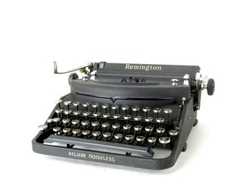Handsome Art Deco Vintage 1938 Remington Deluxe Noiseless Portable Typewriter with Case // Working