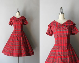 50s Dress / 1950s Red Plaid Cotton Dress / Vintage 50s Full Skirt Fifties Dress