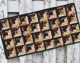 Quilted Table Runner - Log Cabin - Fall (TGTR27)