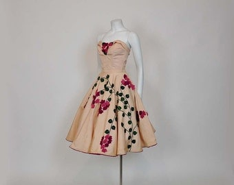 1950s circle skirt / 1950s Novelty Juli Lynne Charlot Felt Bustier Circle Skirt