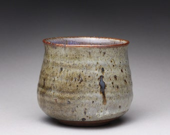 handmade tea bowl, chawan, pottery cup with gray and white wood ash glazes