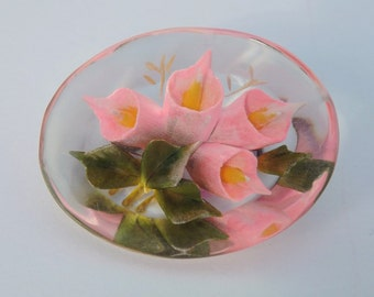 Vintage 1940s reverse carved lucite brooch or pin pink calla lilies floral brooch flower pin